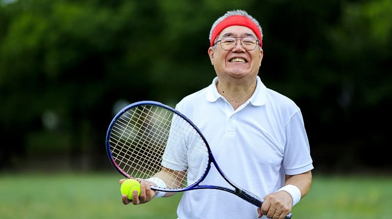 レクリエーション保険はテニスのケガも補償対象