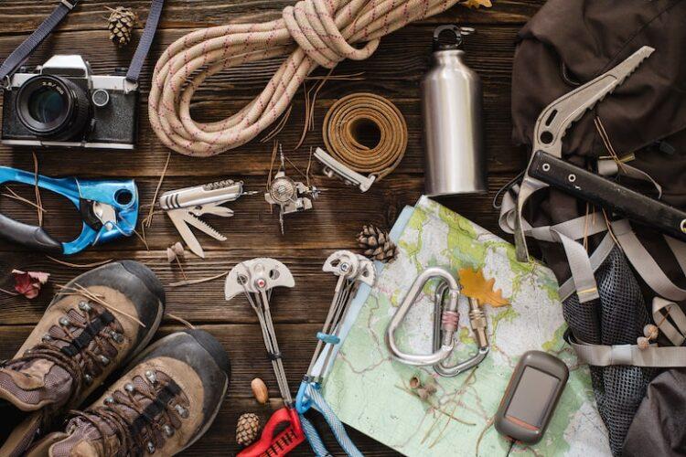 登山には何を持っていくべき?チェックしておきたい装備