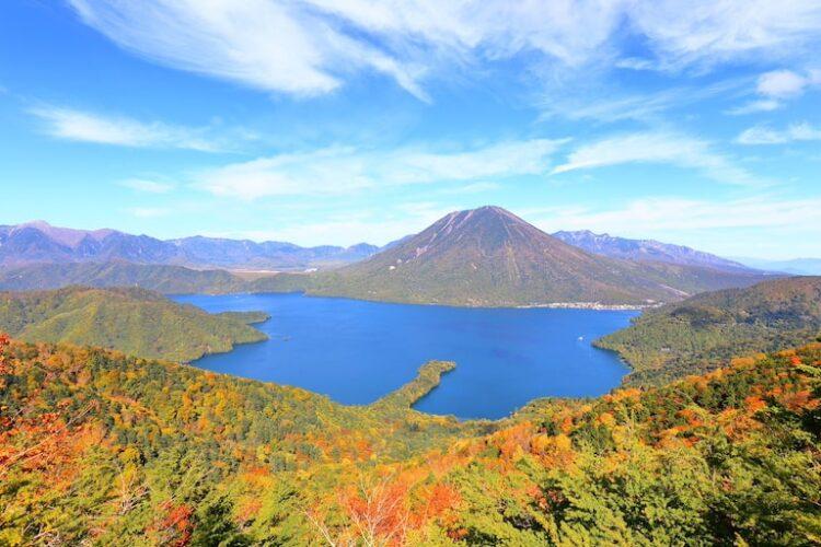 登山初心者におすすめの日光観光スポット3:中禅寺湖クルージング